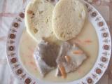 Vepřová plec na zakysané smetaně s mrkví recept