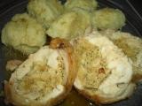 Kuřecí roláda s mandlovou nádivkou recept