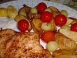 Bramborové měsíčky pečené s rajčátky a hrozny recept ...