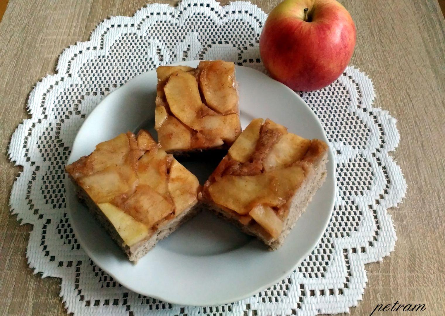 Obrácený koláč s jablky (variace na Tarte tatin) bez lepku, mléka a ...