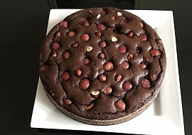Kakaový koláč s třešněmi recept