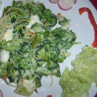 Česneková brokolice se sýrovou omáčkou recept
