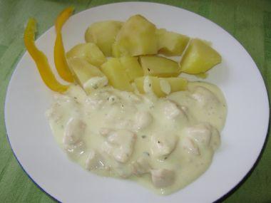 Kuřecí maso s omáčkou ze 4 druhů sýrů