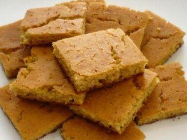 Maize flour cake (kukuřičný koláč)