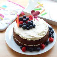 Narozeninový dort s mascarpone a ovocem recept