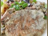 Myslivecké řízky s houbami a bramborovými nočky recept ...