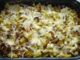 Zapečené brambory s pórkem a uzeninou recept