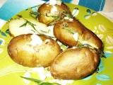 Brambory s rozmarýnem a cibulkou recept