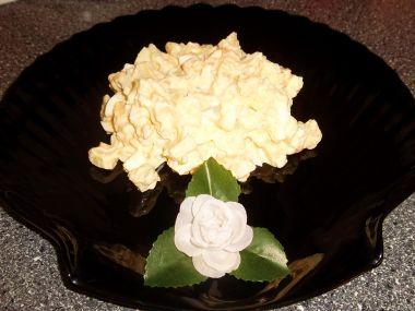 Bramborový salát s eidamem