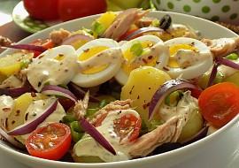 Salát z nových brambor a tuňáka recept