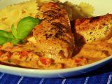 Kuřecí s bazalkovo  rajčatovou omáčkou recept