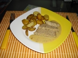 Krůtí sekaná s hořčičnou omáčkou a pečenými bramborami recept ...