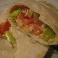 Plněné tortilly se salsou recept