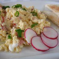 Sýrová vejce se slaninou recept