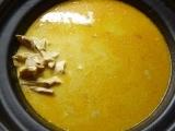 Kuře (slepice) na paprice v pomalém hrnci recept