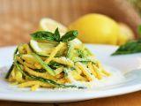 Cuketové špagety s citronovou omáčkou recept