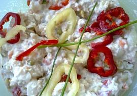 Rybí salát ze štikozubce kapského s nakládanou barevnou zeleninou