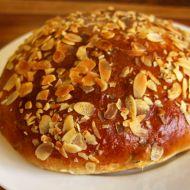 Vypečený velikonoční mazanec recept