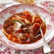 Jemný zeleninový boršč recept