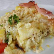 Zapečené maso s bramborem a zelím recept