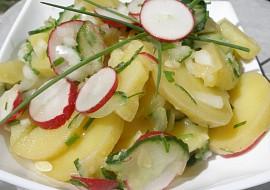 Bramborovo  okurkový salát recept