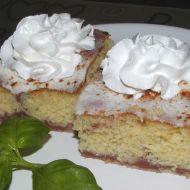 Pudinkový koláč se zakysanou smetanou recept