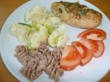 Výborná dietní pečená prsíčka na česneku a cibulce recept ...