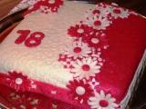 Hranatý červenobílý dort recept