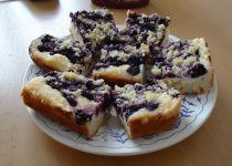 Borůvkový koláč s tvarohovou náplni recept