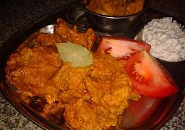 Indická kuchyně  jehněčí Rogan Josh (jehněčí curry na másle a ...