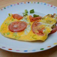 Jednoduchá vaječná omeleta s rajčaty recept