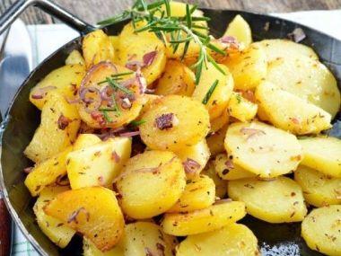 Řecké brambory s rozmarýnem
