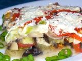 Zapečený lilek se sýrem, žampiony a rajčaty recept