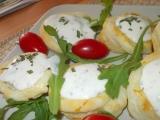 Koláčky z listového těsta s brynzou a ovocem (zeleninou) recept ...