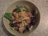 Caesar salát s kuřecím masem a parmskou šunkou recept ...