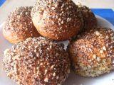 Bulky z kynutého bramborového těsta v makové drobence recept ...