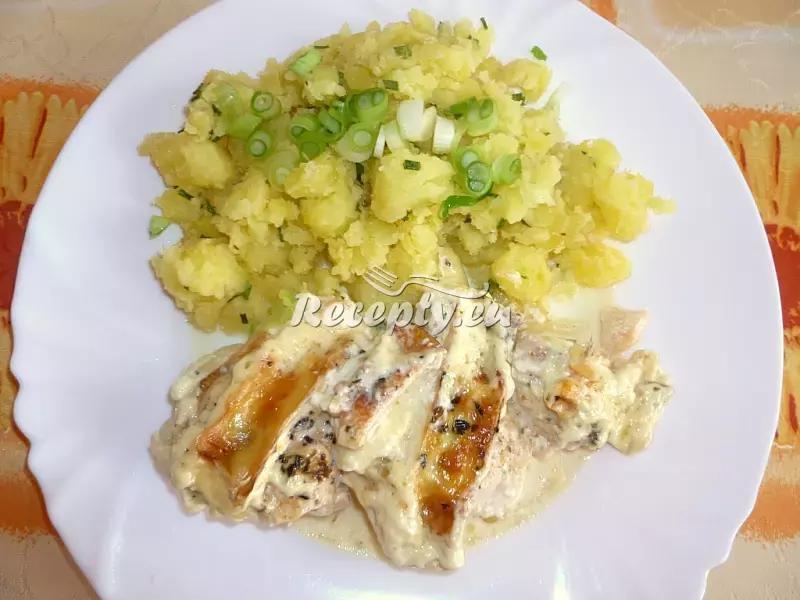 Kuřecí prsa zapečená s hermelínem recept  drůbeží maso ...