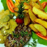 Hovězí steak s hřibovým přelivem recept