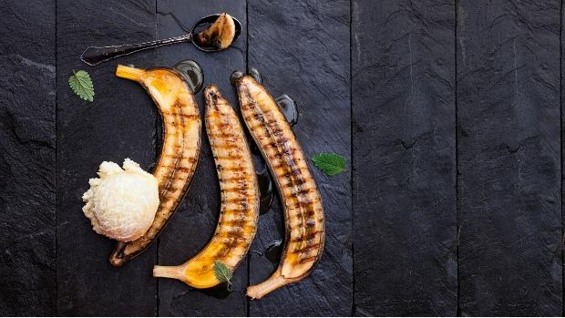 Grilované banány se zmrzlinou