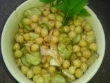 Salát z cizrny podle Renaty recept