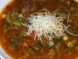 Cizrnová polévka s rajčaty a zeleninou recept