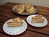 Oříškový dort s karamelovou šlehačkou recept