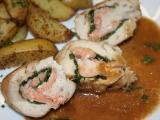 Kuřecí roládky s uzeným lososem a listovým špenátem recept ...