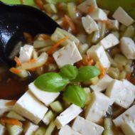 Jarní salát s mrkví recept