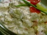 Brokolicový salát s balkánským sýrem a zakysanou smetanou recept ...