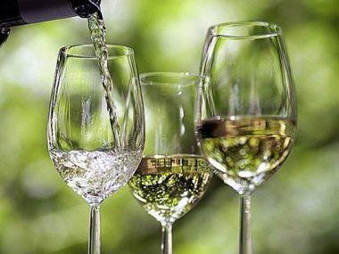 Víno z lipových květů
