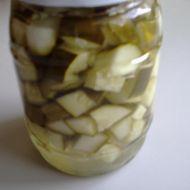 Okurkový sterilovaný salát recept