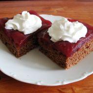 Piškotový koláč s ovocným pudinkem recept