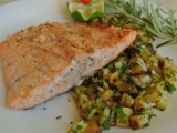 Grilovaný losos s ananasovou salsou recept