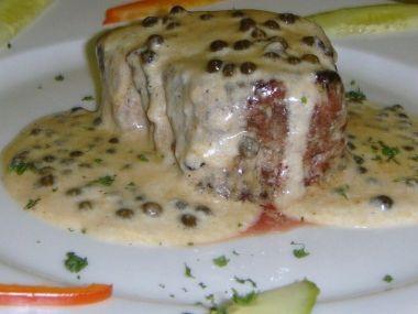 Biftek se zeleným pepřem